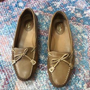 Clarks Artisan Dunbar Racer Tan Leather Loafers